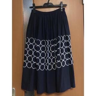 ミナペルホネン(mina perhonen)のmina perhonen ミナペルホネン tambourine スカート 刺繍(ひざ丈スカート)