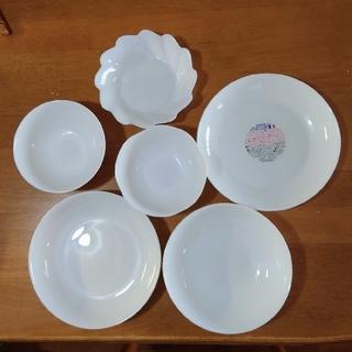 ヤマザキセイパン(山崎製パン)のヤマザキ春のパン祭り  白いお皿サイズ色々 12枚セット(食器)