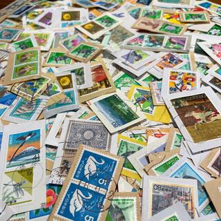 使用済 切手 いろいろ 500枚(使用済み切手/官製はがき)