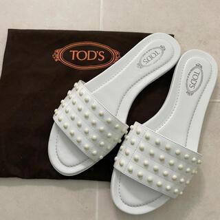 トッズ(TOD'S)の新品に近い! Tod's トッズ フラット サンダル ゴンミーニ(サンダル)