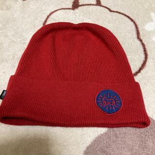 ユニクロ(UNIQLO)のユニクロ ニット帽子 レッド SPRZNY コラボ(キャップ)