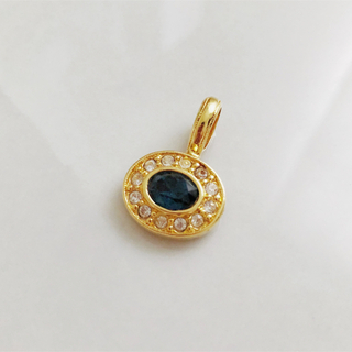 エイボン(AVON)のVintage * AVON * blue stone pendant top(ネックレス)