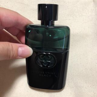 グッチ(Gucci)のGUCCI GUILTY BLACK プールオムオードトワレ(香水(男性用))