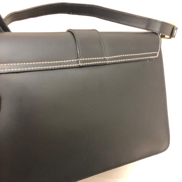 Aleanto(アレアント)のアレアントaleantoイタリアブランドショルダーバッグ本革レザー本皮ブラック レディースのバッグ(ショルダーバッグ)の商品写真