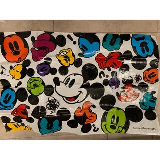 ディズニー(Disney)のレジャーシートディズニーランドディズニーシー限定柄カラフルミッキーミニー(キャラクターグッズ)