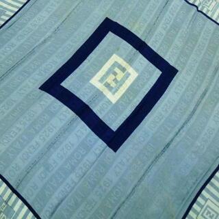 フェンディ(FENDI)のFENDI(フェンディ) スカーフ -(バンダナ/スカーフ)
