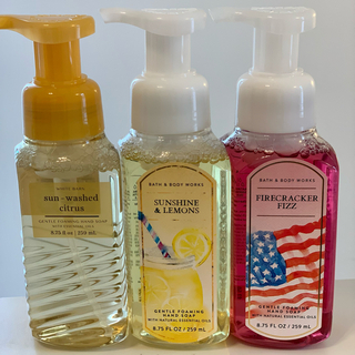 バスアンドボディーワークス(Bath & Body Works)のBath&BodyWorks バスアンドボディワークス 泡タイプ3本セット(日用品/生活雑貨)