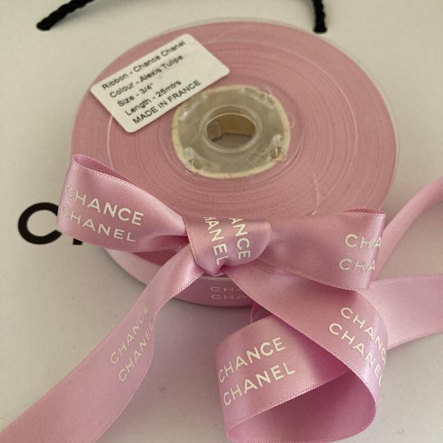 CHANEL(シャネル)のCHANEL/チャンス✨サテンリボン【ピンク】✨【2m】 インテリア/住まい/日用品のオフィス用品(ラッピング/包装)の商品写真