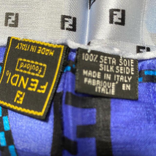FENDI(フェンディ)のFENDI スカーフ 85cm 正方形  レディースのファッション小物(バンダナ/スカーフ)の商品写真