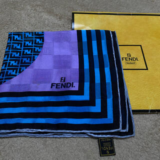 フェンディ(FENDI)のFENDI スカーフ 85cm 正方形 (バンダナ/スカーフ)