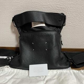 マルタンマルジェラ(Maison Martin Margiela)のメゾンマルジェラ 5AC ブラック メンズ ショルダーバッグ (ショルダーバッグ)