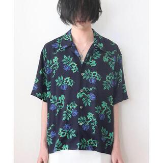 UNUSED - unused rose pattern shirt