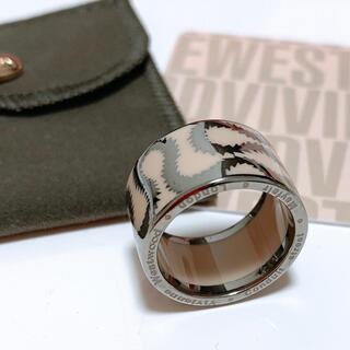 ヴィヴィアンウエストウッド(Vivienne Westwood)のヴィヴィアンウエストウッド スクイグルリング シルバー925(リング(指輪))