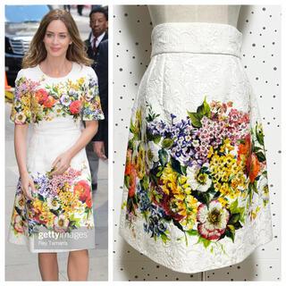 ドルチェアンドガッバーナ(DOLCE&GABBANA)の本物 ドルチェ&ガッバーナ 花柄 フラワーデザイン スカート 36 ドルガバ(ひざ丈スカート)