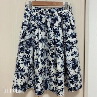 テチチ(Techichi)の美品☆Techichiテチチ 花柄スカート Mサイズ(ひざ丈スカート)