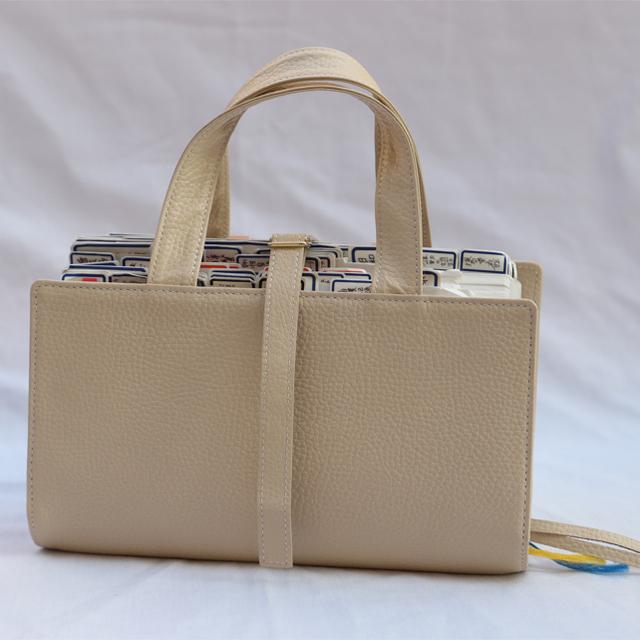 本革レビューブックカバー JIM1 クリーム お名前レーザー彫刻可能 ハンドメイドの文具/ステーショナリー(ブックカバー)の商品写真