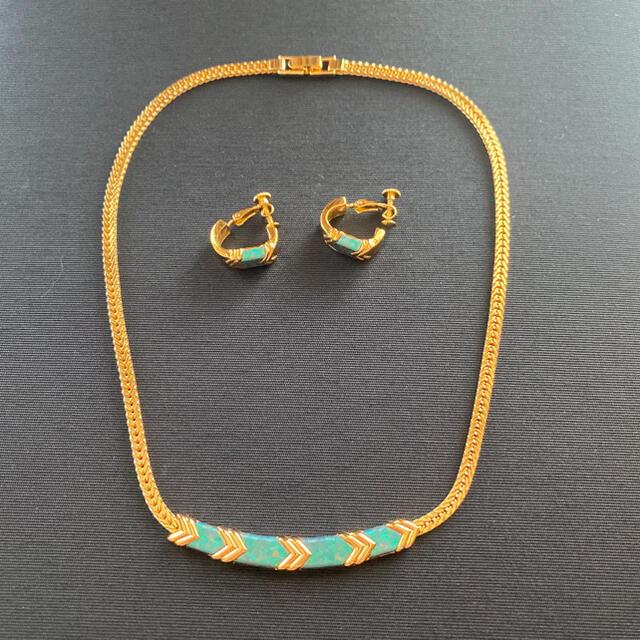AVON(エイボン)のAVON ヴィンテージ ネックレス&イヤリング レディースのアクセサリー(ネックレス)の商品写真