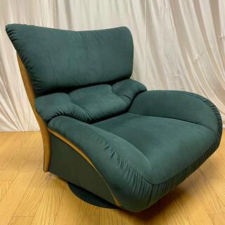 カリモクカグ(カリモク家具)の【karimoku】肘掛椅子(回転式)UT4707A825('01年製)No.3(一人掛けソファ)