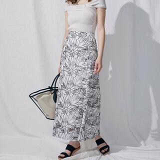 マーキュリーデュオ(MERCURYDUO)のマーキュリーデュオ カットワーク刺繍ナロースカート(ロングスカート)
