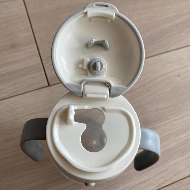 combi(コンビ)のCombi ラクマグ 漏れないストロー 240ml キッズ/ベビー/マタニティの授乳/お食事用品(マグカップ)の商品写真