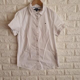 トミーヒルフィガー(TOMMY HILFIGER)のトミーヒルフィガー シャツ 制服 白 S(シャツ/ブラウス(半袖/袖なし))