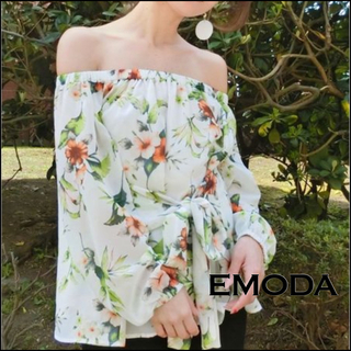 EMODA - EMODA 花柄 トップス ブラウス*リップサービス リゼクシー ムルーア