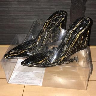 イエローブーツ(Yellow boots)のyelloイエロ/クリアサンダルSHAMANITE WEDGE SANDALS(サンダル)