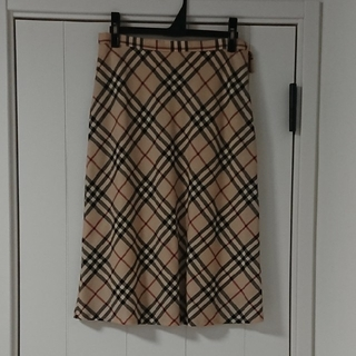 バーバリー(BURBERRY)のBURBERRYスカート☆(ひざ丈スカート)