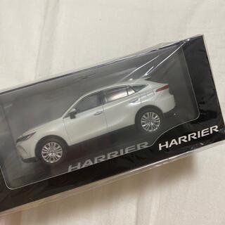トヨタ(トヨタ)の新品未開封 新型ハリアー ミニカー(ミニカー)