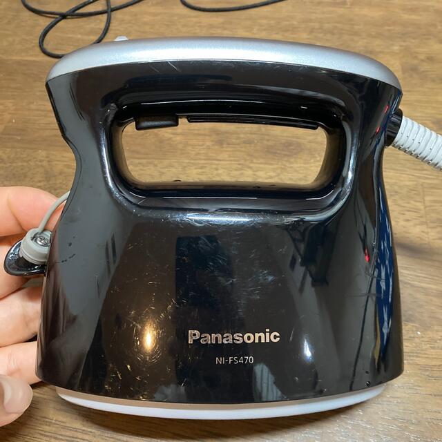 Panasonic(パナソニック)のPanasonic スチームアイロン NI-FS 470 スマホ/家電/カメラの生活家電(アイロン)の商品写真