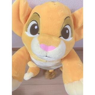 ディズニー(Disney)の匿名配送 ライオンキング シンバ ギガジャンボ寝そべり ぬいぐるみ(ぬいぐるみ)