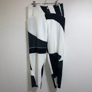 ISSEY MIYAKE - 新品 イッセイミヤケ ISSEY MIYAKE 白黒 パンツ M L