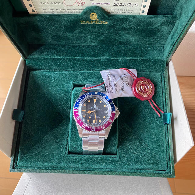 A BATHING APE(アベイシングエイプ)のBAPE VINTAGE TYPE 2 BAPEX 時計 新品 メンズの時計(腕時計(アナログ))の商品写真