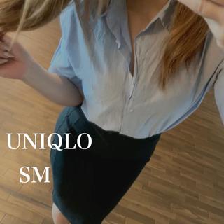 ユニクロ(UNIQLO)のUNIQLO タックシャツ& タイトスカート(スーツ)