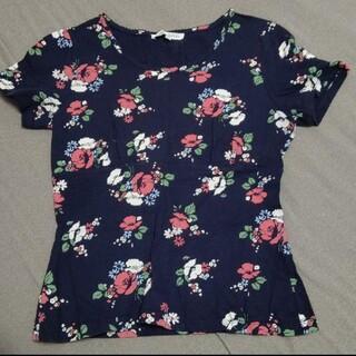 ローラアシュレイ(LAURA ASHLEY)のローラアシュレイ 花柄トップス(Tシャツ(半袖/袖なし))