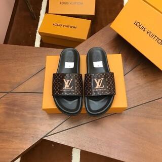 ルイヴィトン(LOUIS VUITTON)の極美品高品質スニーカーサンダル -106911(ポーチ)