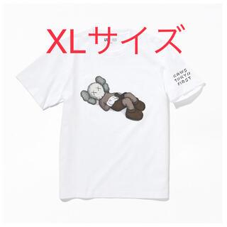 ユニクロ(UNIQLO)のKAWS TOKYO FIRST ユニクロ UT WHITE XLサイズ(Tシャツ/カットソー(半袖/袖なし))