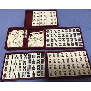 麻雀牌2セット コタツテーブルと新品マット付けます  全自動麻雀卓対応します(麻雀)