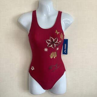 アリーナ(arena)の新品タグ付き アリーナ ワインレッドのエレガントな競泳水着 Mサイズ 海外製(水着)
