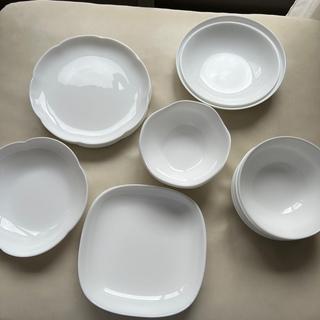 ヤマザキセイパン(山崎製パン)の▲訳あり▲ヤマザキ 白いお皿 15点セット(食器)