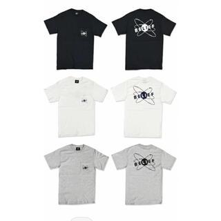 スタンダードカリフォルニア(STANDARD CALIFORNIA)のビリーフ ポケットロゴグラフィックTシャツ スタンダードカリフォルニア tmt(Tシャツ/カットソー(半袖/袖なし))