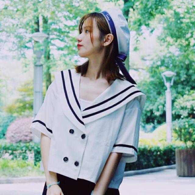 シルエットが綺麗で上品なデザインのベレー帽 夏 エンタメ/ホビーのコスプレ(衣装一式)の商品写真