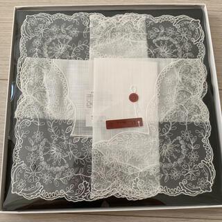 ミツコシ(三越)の新品箱入り ハンカチ レース 刺繍(ハンカチ)