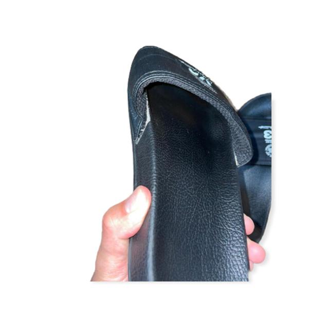 Y-3(ワイスリー)のY-3 シャワーサンダル 黒 メンズの靴/シューズ(サンダル)の商品写真