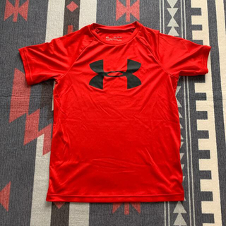 UNDER ARMOUR - UNDER ARMOR Tシャツ