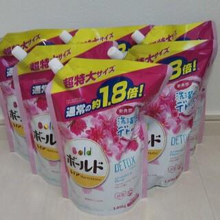 ピーアンドジー(P&G)のボールド詰替/アロマティックフローラル&サボン(洗剤/柔軟剤)