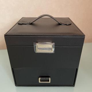 AVON - 拡大鏡付き メイクボックス 新品未使用