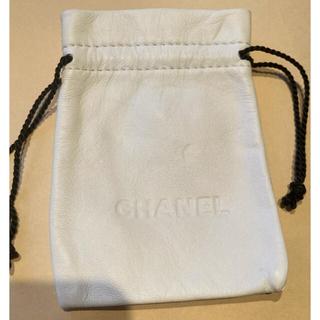 シャネル(CHANEL)のシャネル❤レザー 保存袋  中サイズ(ショップ袋)