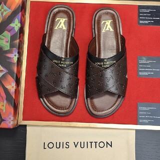 ルイヴィトン(LOUIS VUITTON)の極美品高品質スニーカーサンダル -107003(ポーチ)