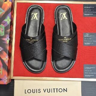 ルイヴィトン(LOUIS VUITTON)の極美品高品質スニーカーサンダル -107005(ポーチ)